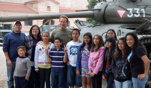 Arnold_CharityBanner_1_0