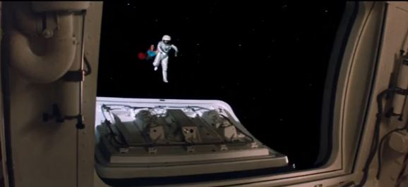 Gravity Exclusive Alternate Scene, Redefines Entire Movie with Superman