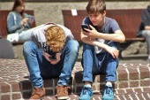 Colorado group seeks to stop retailers from selling smartphones to kids under 13